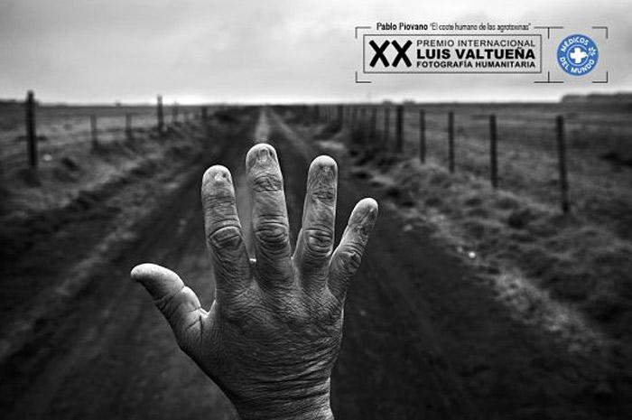 The Luis Valtueña Humanitarian Photography Award